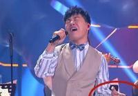 胡彥斌全新演繹《紙短情長》,有誰注重他左手手指?網友:好熟悉