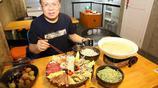 湖北襄陽一家麵館168元兩碗麵,還有很多顧客來吃,看看是啥面?