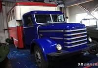 北京老爺車博物館裡的1957年匈牙利Csepel D352卡車