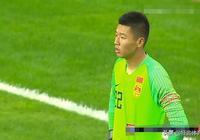楊晨李鐵一臉嚴肅 國足U18發揮不出最大優勢 不敵泰國遭遇兩連敗