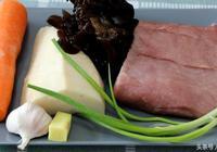 超詳細的魚香肉絲做法,味道不輸飯店,好吃取決一碗魚香汁