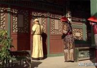 甄嬛小產後和槿汐的一番話,透露了太后的祕密,皇上偷聽變了臉色