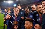 足球——法國聯賽盃:巴黎聖日爾曼隊奪冠