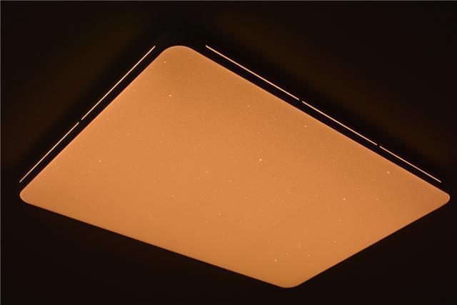 年輕人第一款吸頂燈,讓你天天看星星,429元真香!