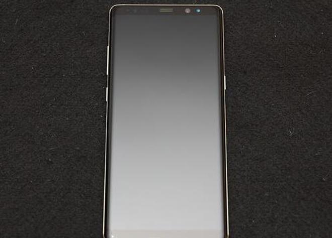 臺版三星Note8開箱提前體驗:破框而出的大屏好驚喜!