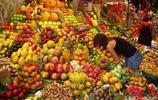 西班牙La Boqueria的水果市場