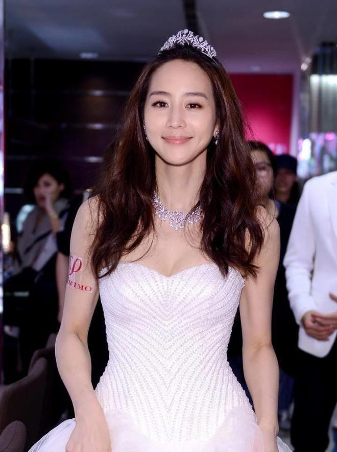 """有""""臺灣第一氣質美女""""之稱的張鈞甯  自律與美麗讓她更有魅力"""
