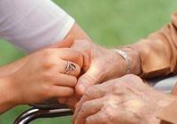 手發抖是腦萎縮的症狀嗎?