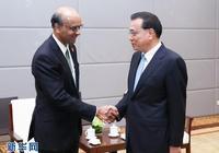 李克強會見新加坡副總理尚達曼