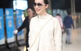36歲韓雪獻身機場,白色高領搭配大衣,一雙大長腿吸睛無數!