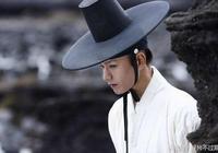 都是禁慾系男主,這部韓劇的男主可要比師尊白子畫傲嬌