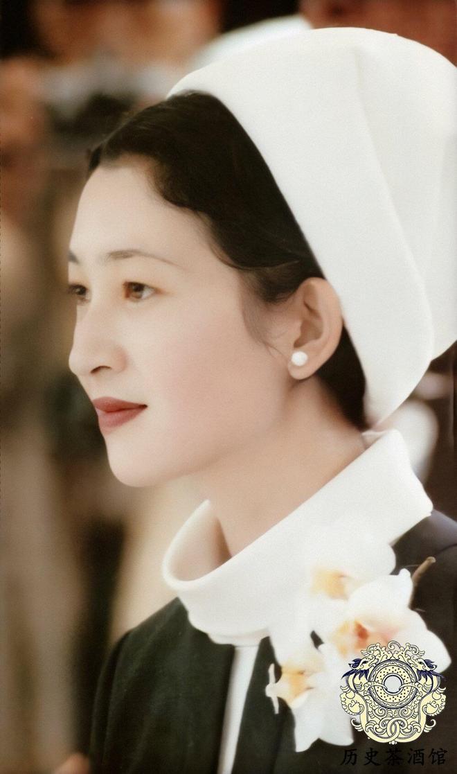 老照片帶你看看日本近代以來的五位皇后:圖四美智子長相很漂亮