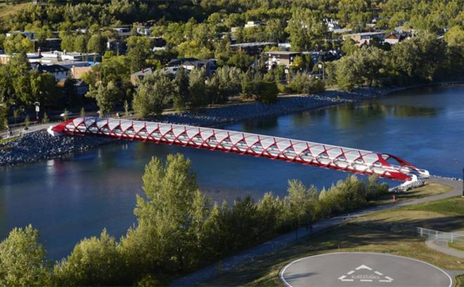 全球最敗家的橋,只有126米就耗資將近2億,卻被評為世界工程奇蹟
