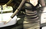 """女人就是要""""豐滿點"""",穿衣更好看,瞧下圖這女人,顯瘦又迷人"""