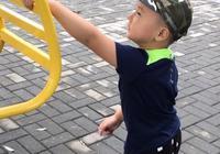自閉症的兒子特別依賴我,最近要出門幾天,會不會對他造成不利的影響?