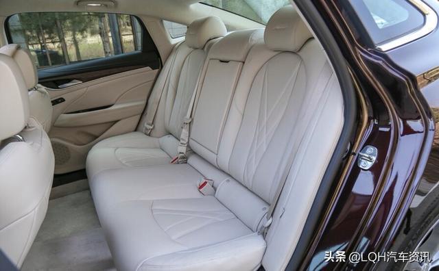 最值得的購買的中型車,顏值高、國六標準,2.0T發動機+9AT變速箱