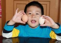 1天給寶寶吃1個雞蛋會怎樣,華盛頓大學的這組數據,說明了問題