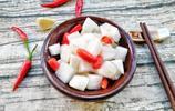 春節大魚大肉吃膩,飯桌上來這麼道素菜,全家人都愛吃,做法簡單
