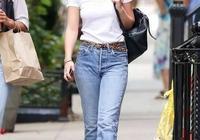 簡約就是時尚!白T恤搭配牛仔褲,基礎單品也能穿出時髦感