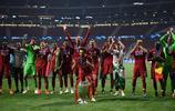 歐冠決賽利物浦2:0戰勝熱刺,利物浦拿到第6座歐冠冠軍獎盃