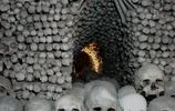 天主教的另類習俗,用人骨裝飾教堂