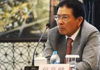 這個中國富豪很低調:一年捐出善款達75億,退休集團不傳獨子!