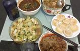湖北小縣城普通三口之家的晚餐,5個純農家菜,有你喜歡吃的嗎?