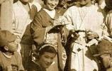 被炸不冤,侵華期間日本女人來中國前線慰問的老照片