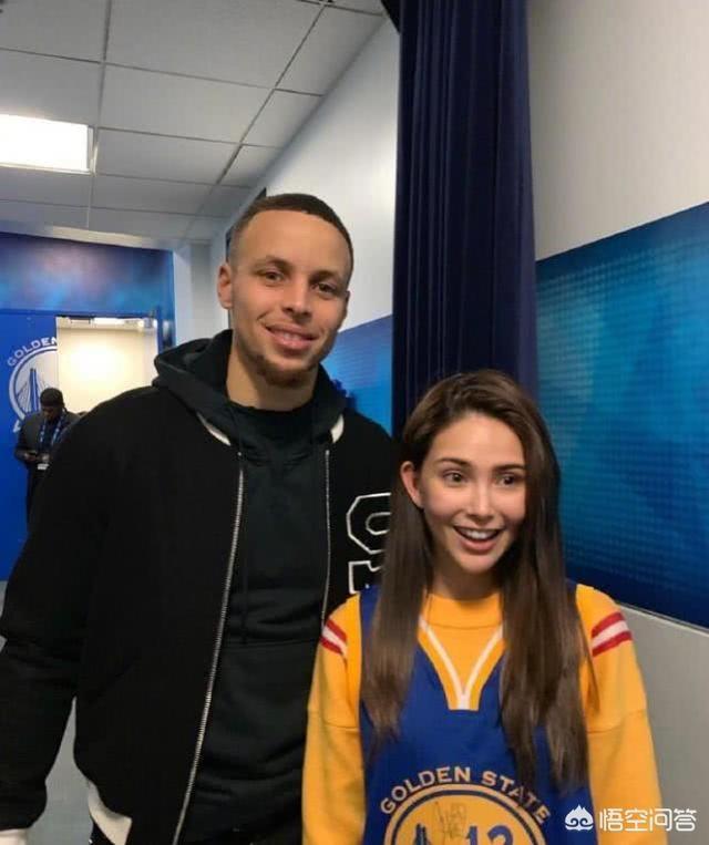 周杰倫夫婦現身NBA總決賽現場,有球迷說10萬美元天價票持有者出現了,你怎麼看?