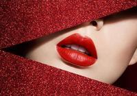 長期塗口紅有什麼危害?原來方法很多人都塗錯了,難怪脣紋會加深