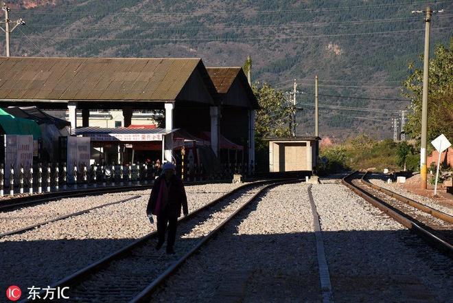 這是國內最早的火車站,號稱東方小巴黎,因《芳華》火了