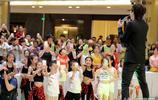情歌王子邰正宵出席商業活動撈金 獻唱經典歌曲老歌星受兒童追棒
