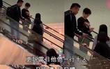 劉德華取消演唱會後朱麗倩帶女兒首次現身,女兒正面照曝光