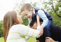 影響孩子一生的,不在於家庭貧富,而是媽媽能否做到這五件事!