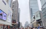 成都有處土豪商場,每天美女如雲花錢如流水,重慶武漢人都來購物