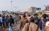 實拍印度第三大城市:中國商品進入印度的集散地,像二十年前廣州