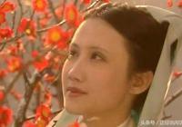 《紅樓夢》,妙玉為何不肯迎合賈母,卻寄住榮國府?