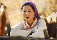 """她被稱為中國版""""傲骨賢妻"""",是第一個敢在央視講自己整容的演員"""