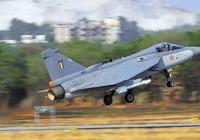 印度國產戰機的驕傲!歷時30年耗費巨資研發成功,海軍拒絕裝備