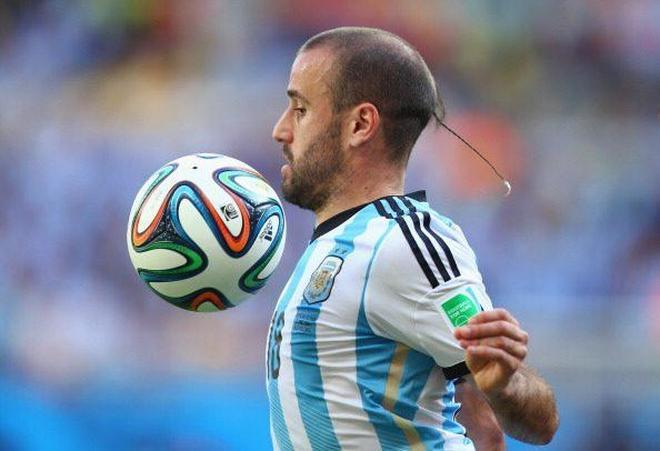 冼剪吹,數一數足球場上的那些雷人髮型!