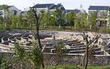 實拍杏花村迷宮,圍牆還沒一人高,但很多遊客都走不出來!