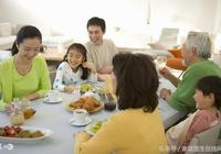 吃飯時,要先吃主食還是先吃菜?這麼多年終於有答案了