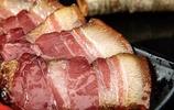 """四川臘肉已經薰好了,柴火熏製""""肉瘦不塞牙"""",買了5箱也不夠吃"""