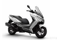 想入手一輛三萬以內的踏板摩托車,本人個頭182,不想要太小的,有什麼推薦嗎?