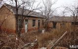 春節過後再次冷清的村莊,荒廢的老院子裡是否也有你的珍貴記憶?