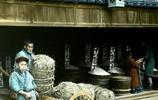 明治三十三年日本人生活,男人穿木屐,女人穿草鞋