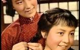 四十年前的老照片,那時候的女人是清水出芙蓉,純天然的美!