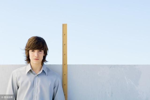 判斷孩子以後高矮,家長要知道這3點,早點運用孩子長大個不難