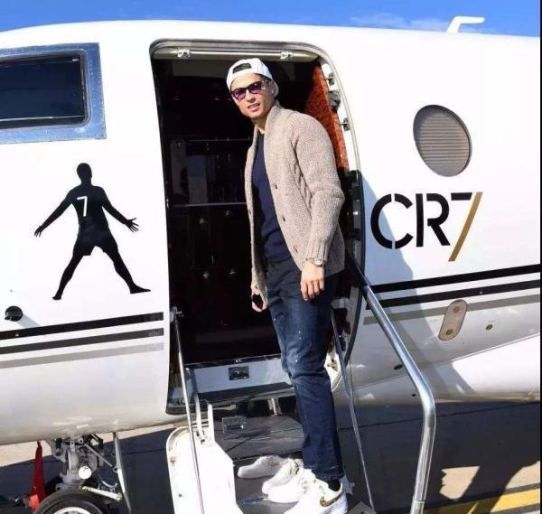 C羅投資百萬進軍植髮產業,他從齊達內頭上看到了商機?