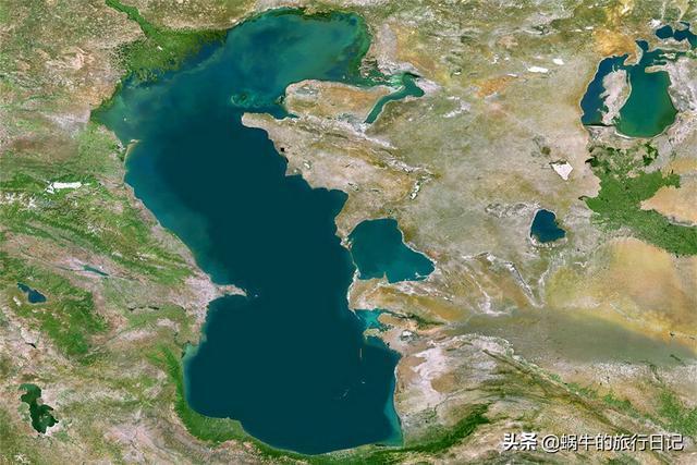 世界上最大的湖泊,面積比日本還要大,相當於87個青海湖